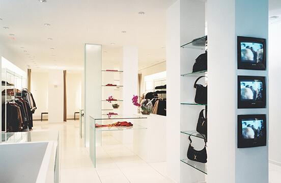 Visit multi-brand store Leeser Studio