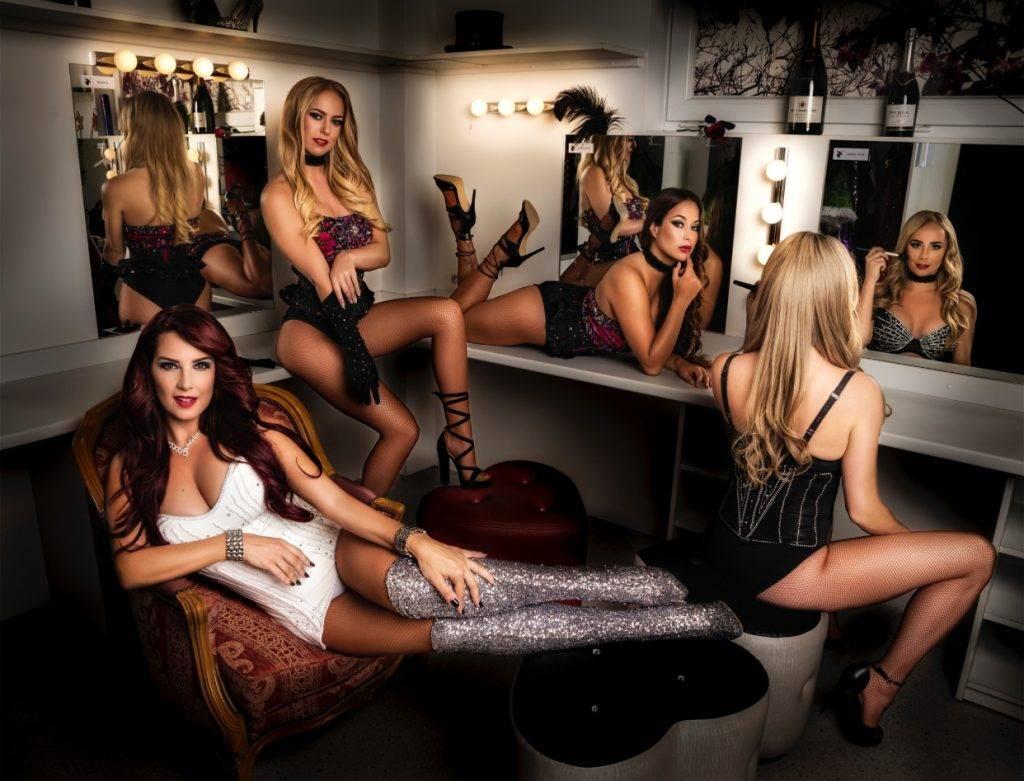 Bianca Farla & The Showgirls of Magic